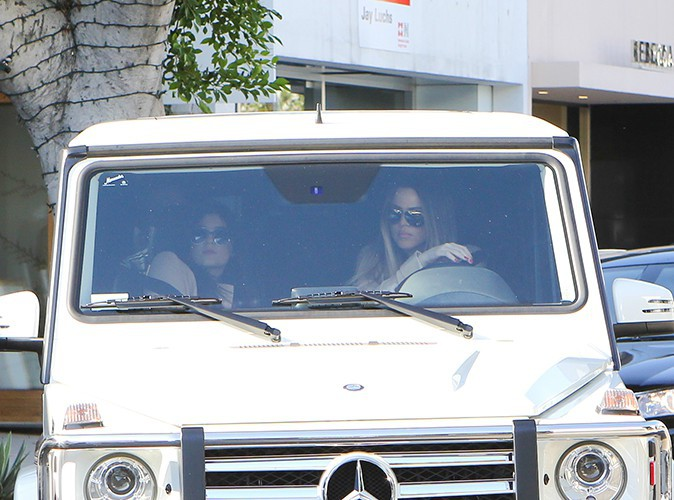 Kylie Jenner et Khloe Kardashian à Beverly Hills le 2 octobre 2013