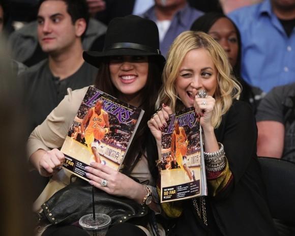 Fan des Lakers ou de beaux basketteurs ?