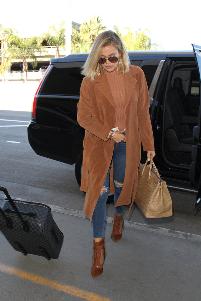 Photos : Khloe Kardashian : grosse frayeur en plein vol...
