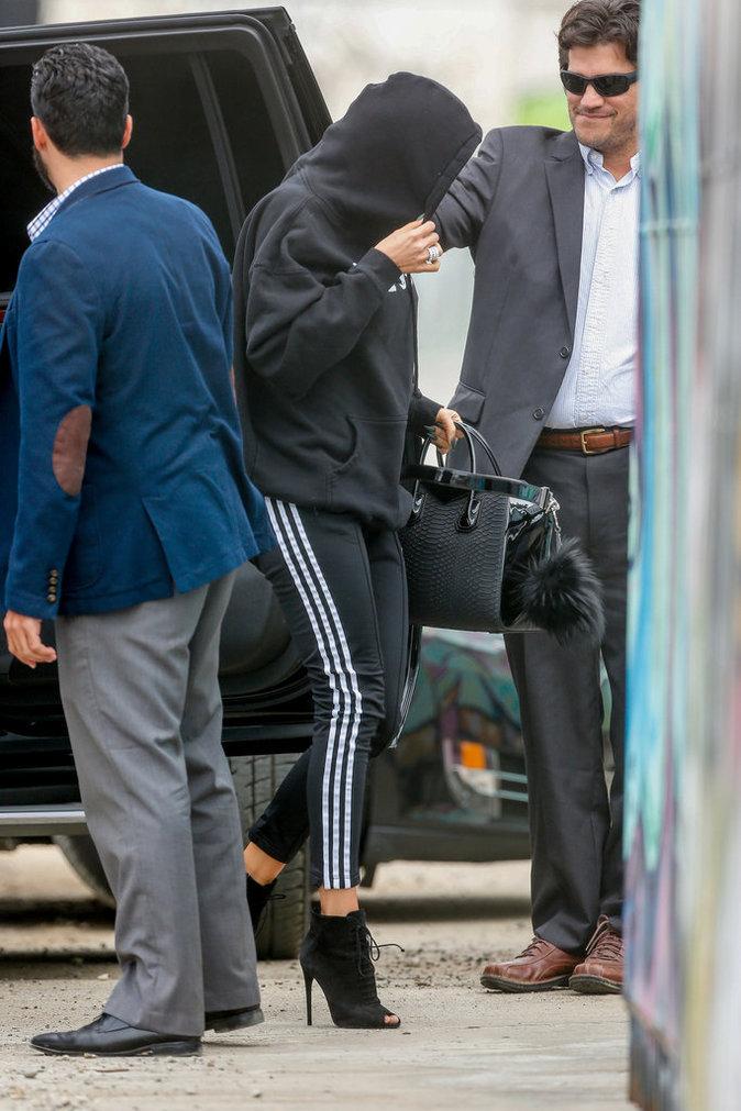 Photos : Khloe Kardashian : les deux hommes qui ne la quittent plus d'une semelle !