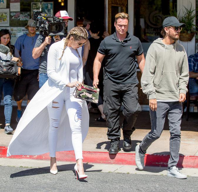 Khloe Kardashian et Scott Disick à Los Angeles le 18 avril 2016