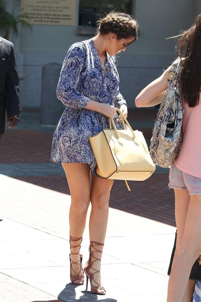Khloé Kardashian et sa gaine à Agoura Hills, en Californie, le 29 mars 2013