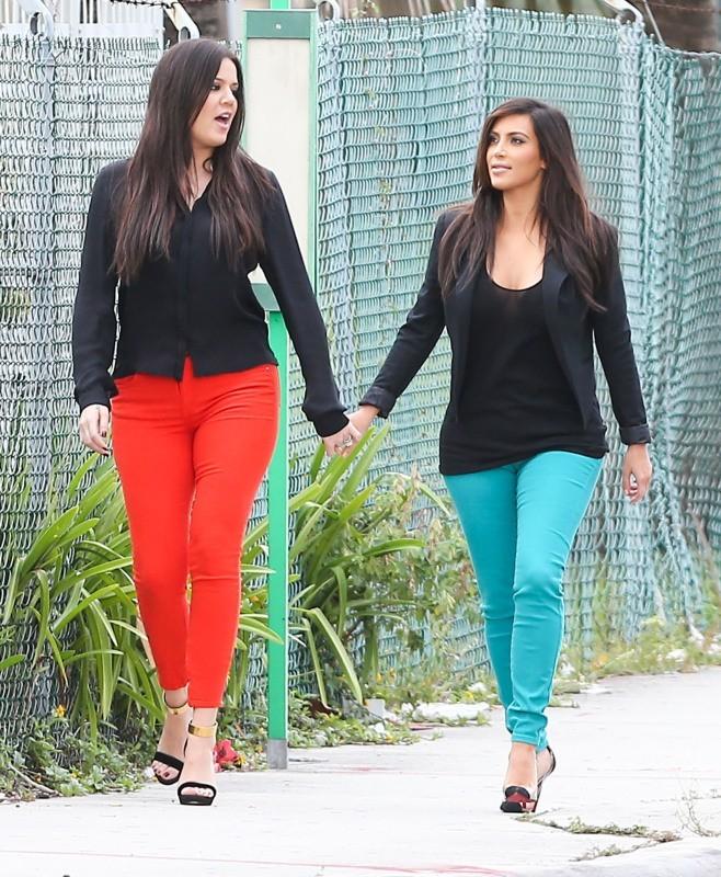 Kim et Khloe Kardashian, Miami, 15 décembre 2012.