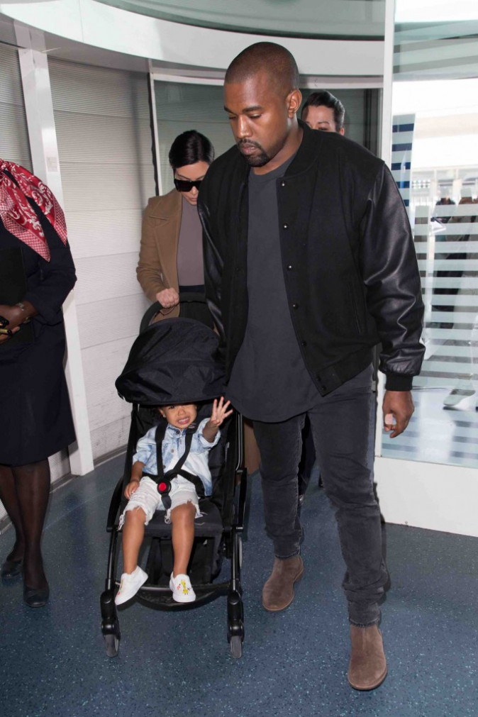 Kim, Kanye et North West : ils quittent déjà Paris !