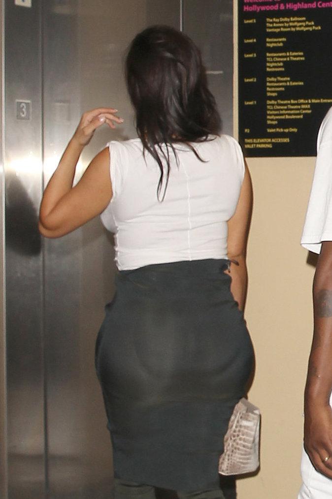 Photos : Kim Kardashian : oh la vilaine culotte !