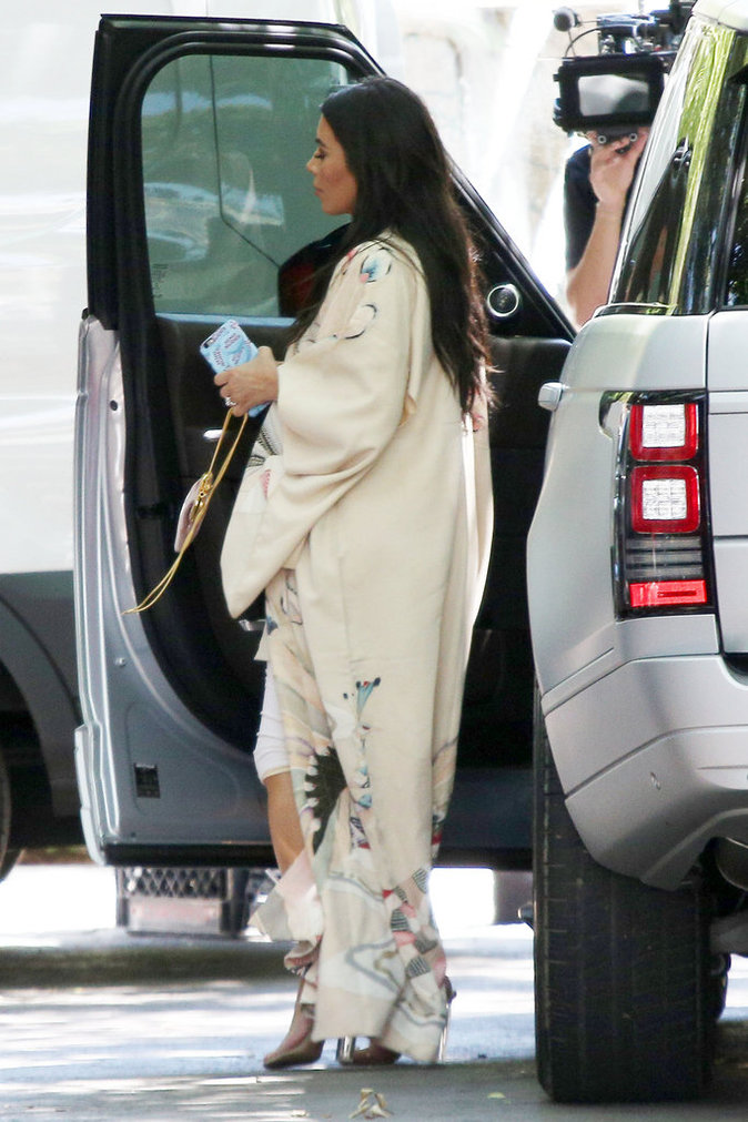 Photos : Kim Kardashian : après l'euphorie de la fête des pères, la déprime...
