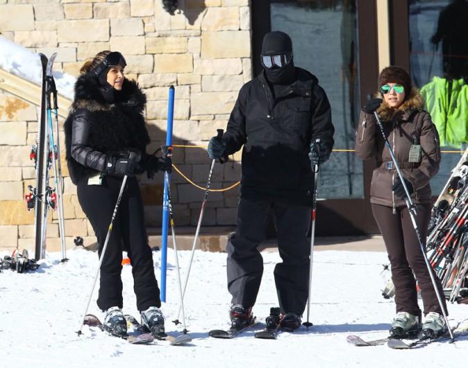 Kim Kardashian à Park City, dans l'Utah, avec Kourtney Kardashian et Kanye West le 30 décembre 2013