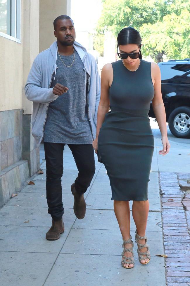 Kim Kardashian et Kanye West à Calabasas le 11 octobre 2014