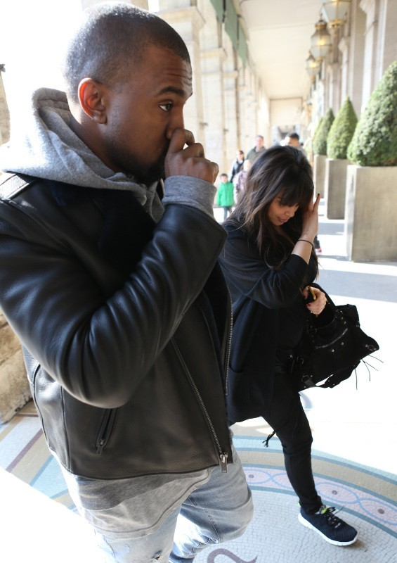 Kim Kardashian et Kanye West à Paris, le 2 avril 2013.