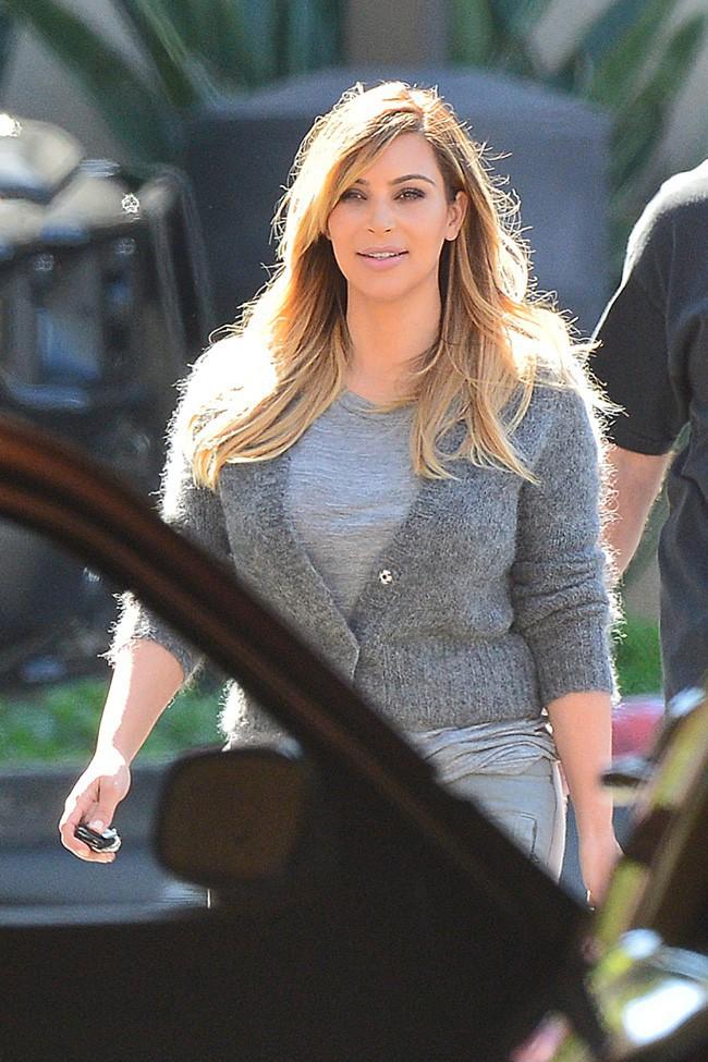 Kim Kardashian à Woodland Hills le 8 octobre 2013