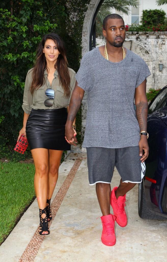 Rencontre kim kardashian et kanye west