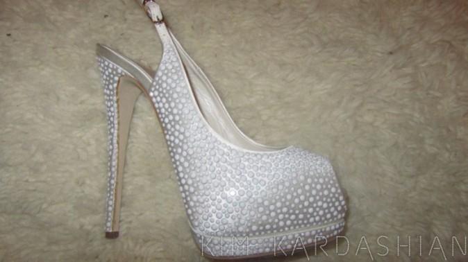 Des stilettos recouverts de perles !