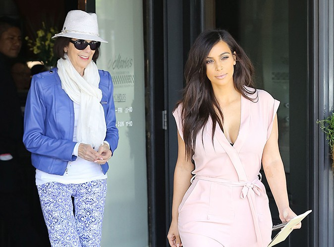 Kim Kardashian : d�vou�e � sa grand-m�re le temps d'une journ�e entre filles !