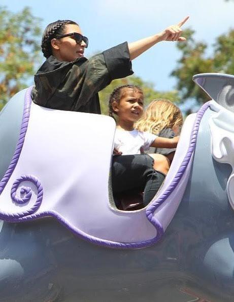 Photos : Kim Kardashian : Direction Disneyland pour l'anniversaire de North West !