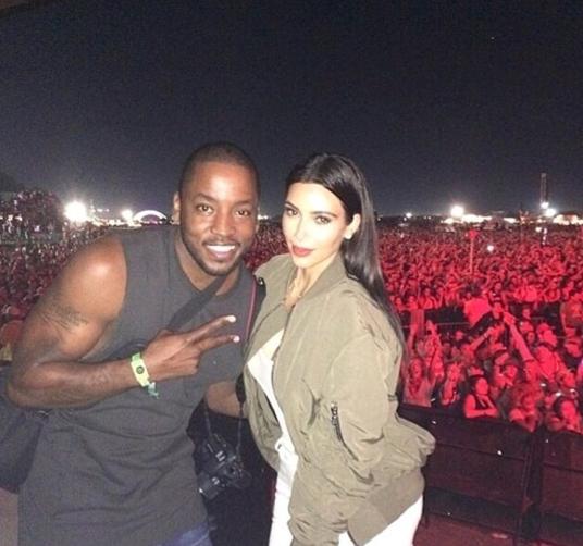 Photos : Kim Kardashian : elle dégaine le top transparent et s'affiche bombesque au concert de Kanye West !