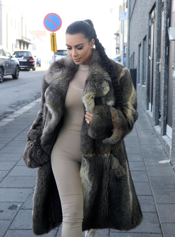 Kim Kardashian en Islande le 18 avril 2016