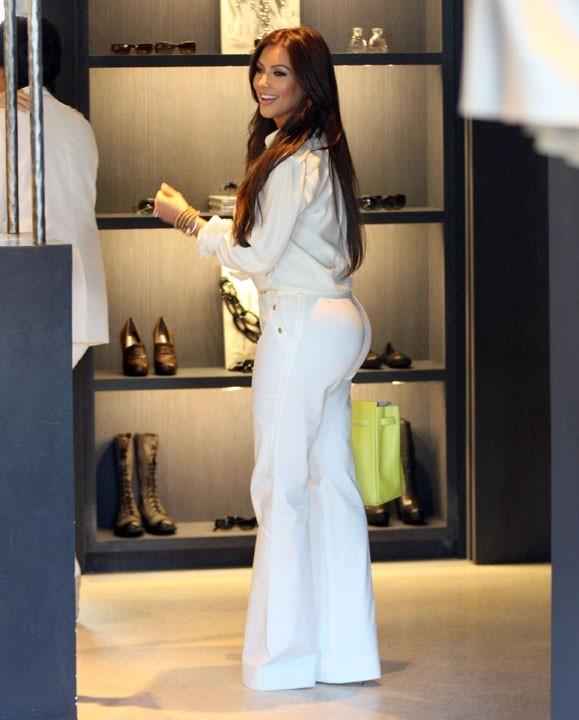 photos kim kardashian elle ne quitte plus vera wang
