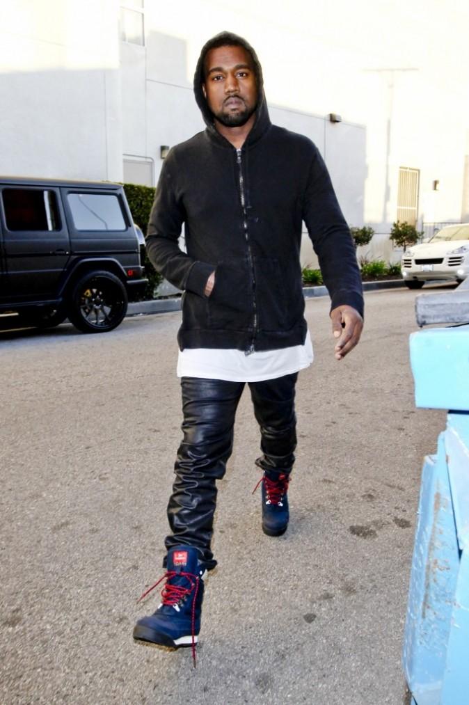 Kim Kardashian et Kanye West à Los Angeles le 22 décembre 2012