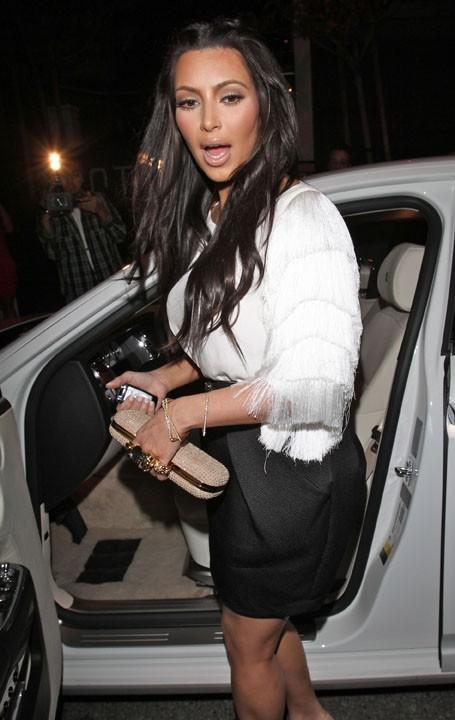 Kim Kardashian se rendant au restaurant STK à Los Angeles, le 15 mars 2011.
