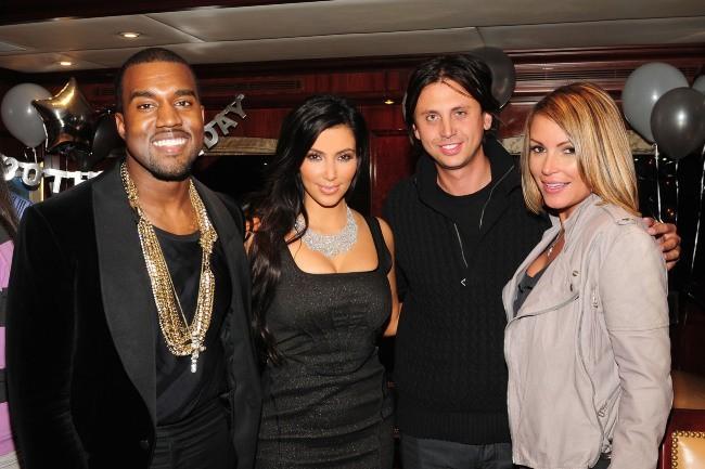 Kanye West et Kim Kardashian lors de la soirée des 30 ans de Kim...