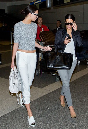 Kendall Jenner et Kim Kardashian à Los Angeles le 10 juillet 2014