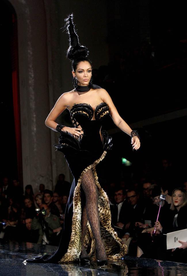 Nabilla à l'assaut du monde de la mode !