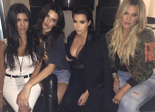 Kim Kardashian au concert de Kanye West, avec Kendall Jenner, Khloe et Kourtney