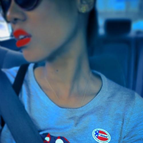 Tyra Banks vote pour les élections de mi-mandat de novembre 2014 aux Etats-Unis