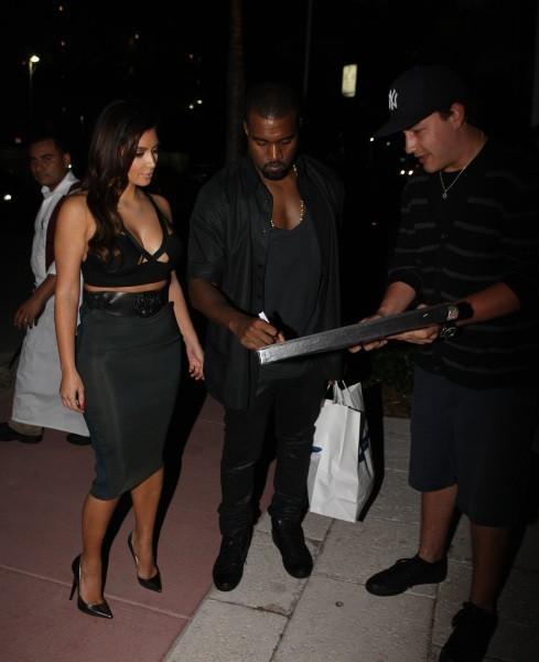 Kim Kardashian et Kanye West à Miami, le 14 octobre 2012.