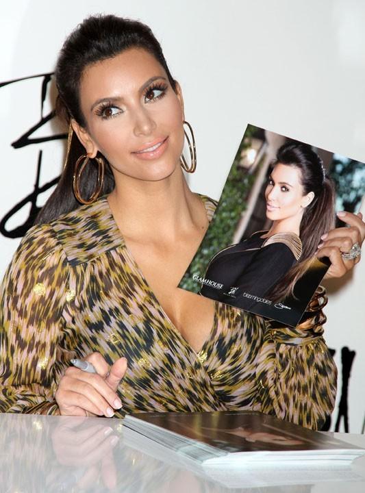 Ce n'est pas un secret, Kim s'adore !