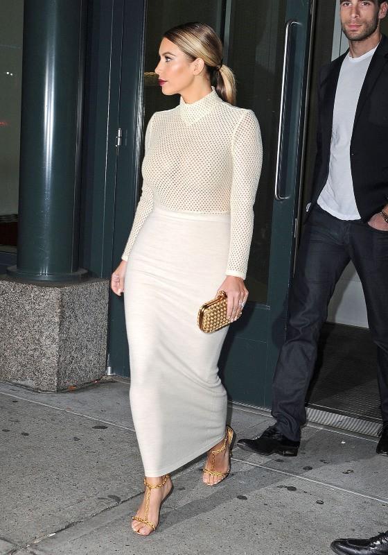 Kim Kardashian se rend à une exposition à New York, le 18 novembre 2013.