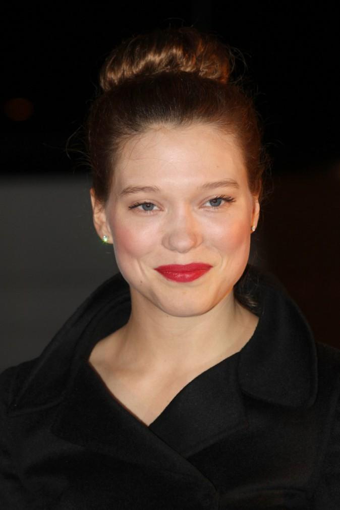 Léa Seydoux en rouge