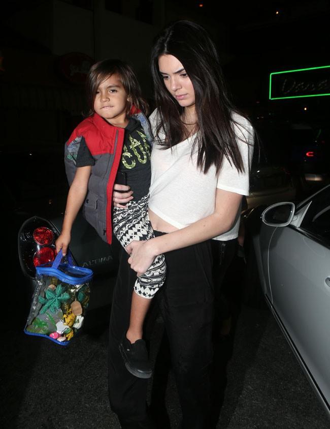 Mason et Kendall Jenner à Los Angeles le 15 mars 2014