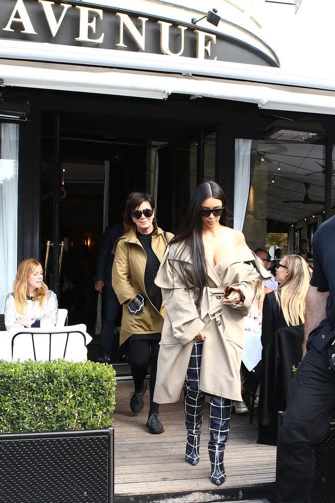 Kim Kardashian et Kris Jenner à Paris le 2 octobre 2016