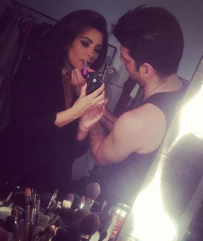 Photos : pour les 32 ans de Kim Kardashian, retrouvez ses clichés les plus sexy postés sur Twitter !
