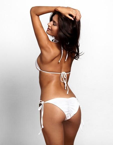 Kim Kardashian aimerait bien avoir ces fesses-là, mais non !