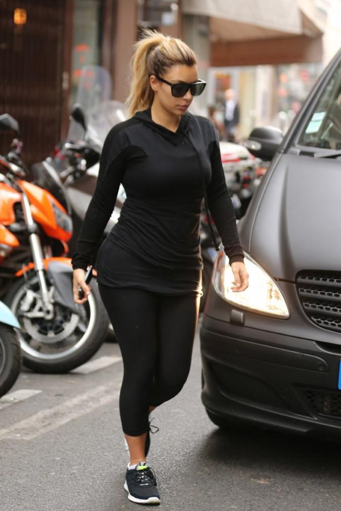 Kim Kardashian à la sortie de sa séance de sport à Paris le 1er octobre 2013