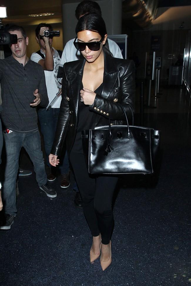 Kim Kardashian à l'aéroport de Los Angeles le 1er juin 2014