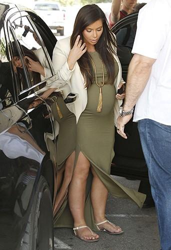 Photos kim kardashian retour sur une grossesse casse pied - Pas de retour de couche enceinte ...
