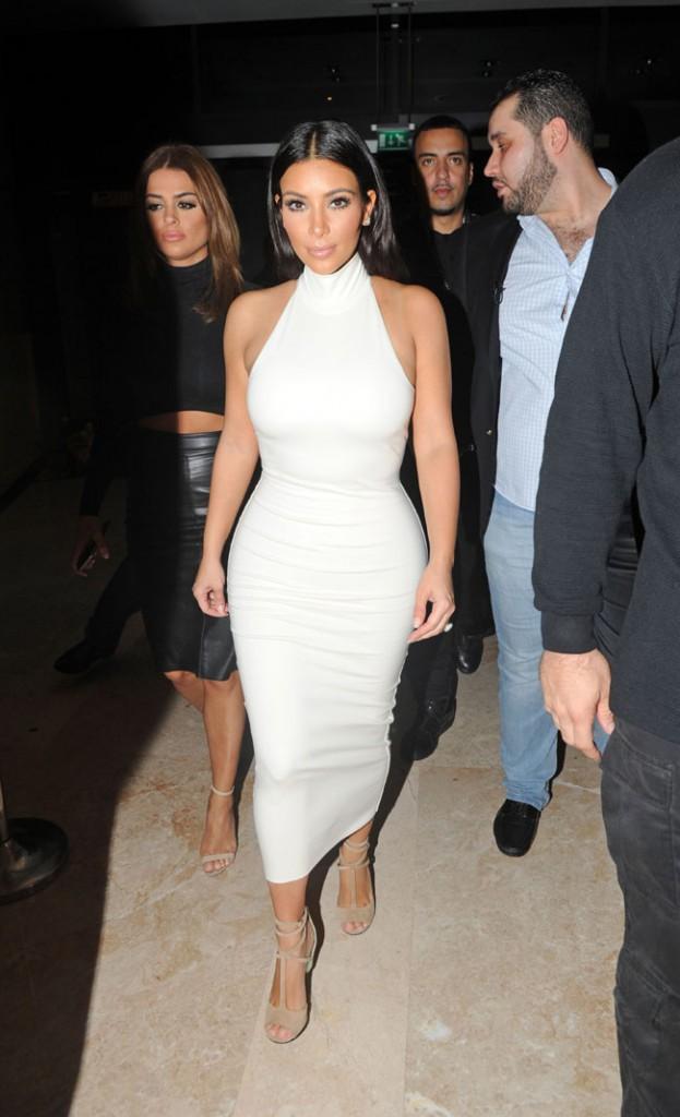 Kim Kardashian au VIP Room d'Abu Dhabi le 23 novembre 2014