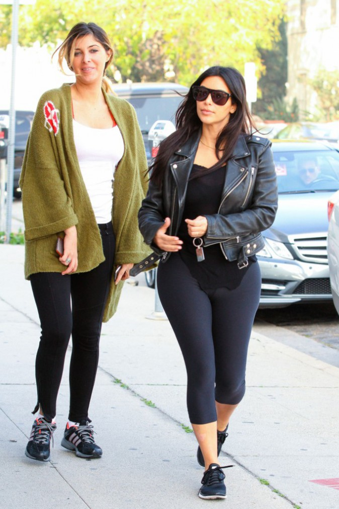 Photos : Kim Kardashian : shopping pour North et cours de piano avec sa baby girl, craquante en tutu !