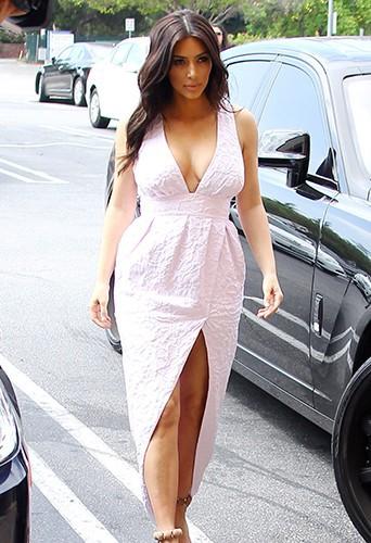 Kim Kardashian à Los Angeles le 21 mars 2014