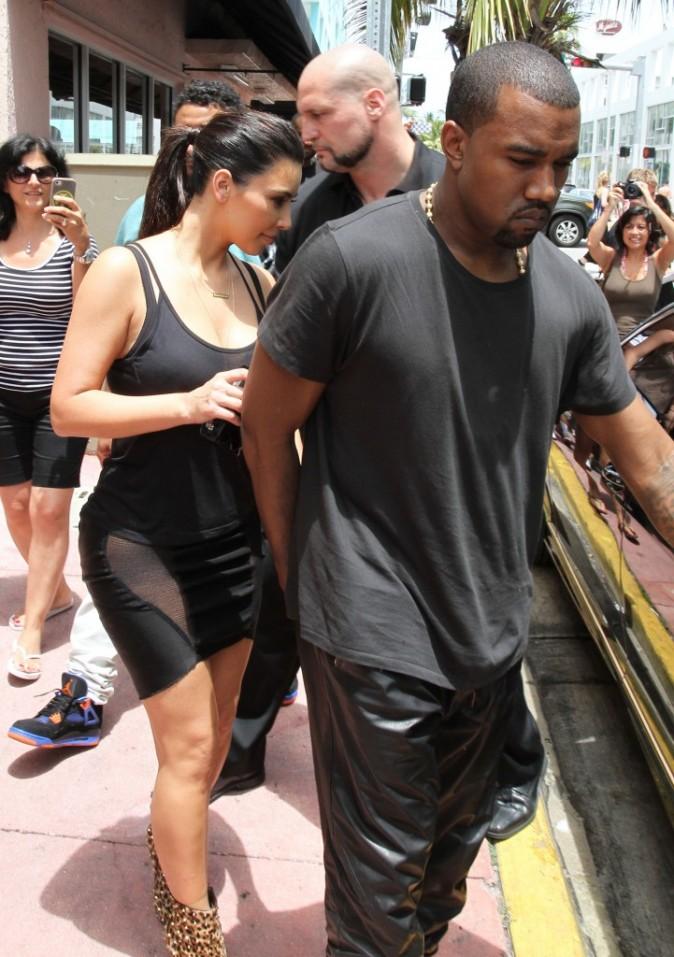 Kim Kardashian et Kanye West à Miami, le 15 juillet 2012.