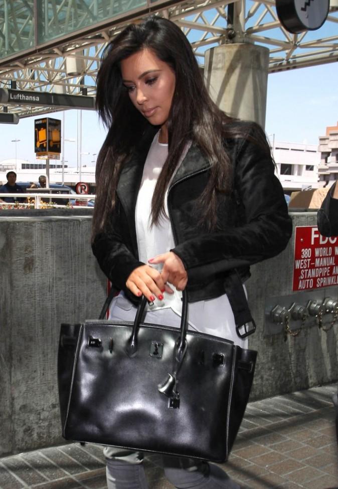 Kim Kardashian à LAX, le 7 juin 2012.