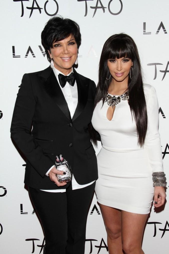 Kim Kardashian et Kris Jenner au Tao Club à Las Vegas, le 31 décembre 2011.