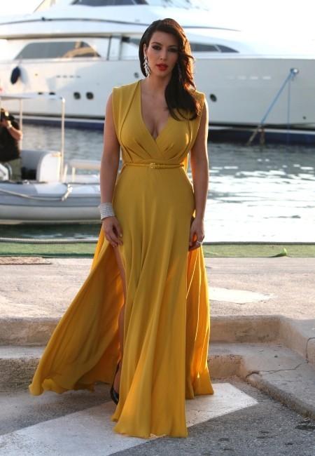 Kim Kardashian se rendant au gala de l'amfAR 2012 à Antibes, le 24 mai 2012.