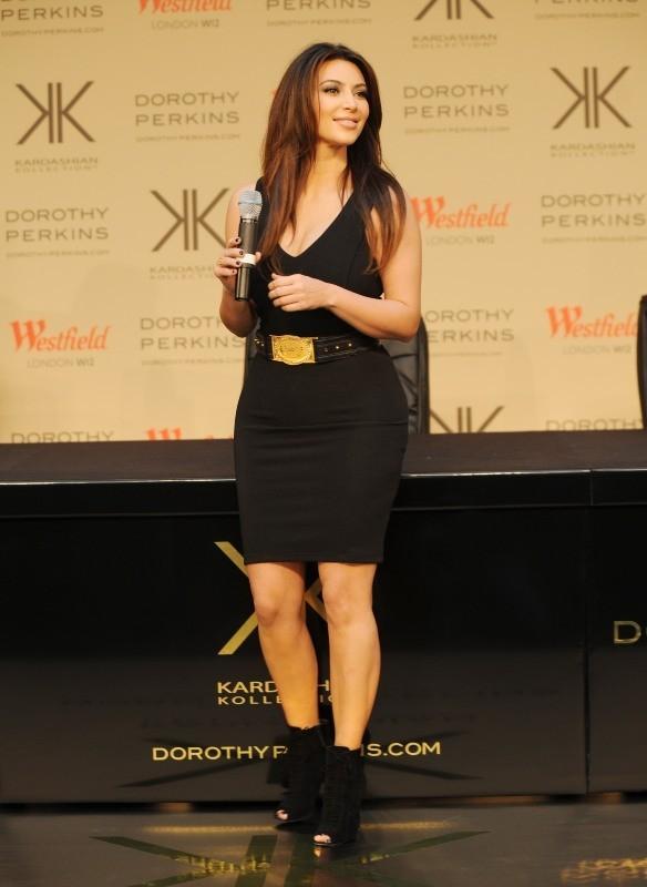 Kim Kardashian le 10 novembre 2012 à Londres