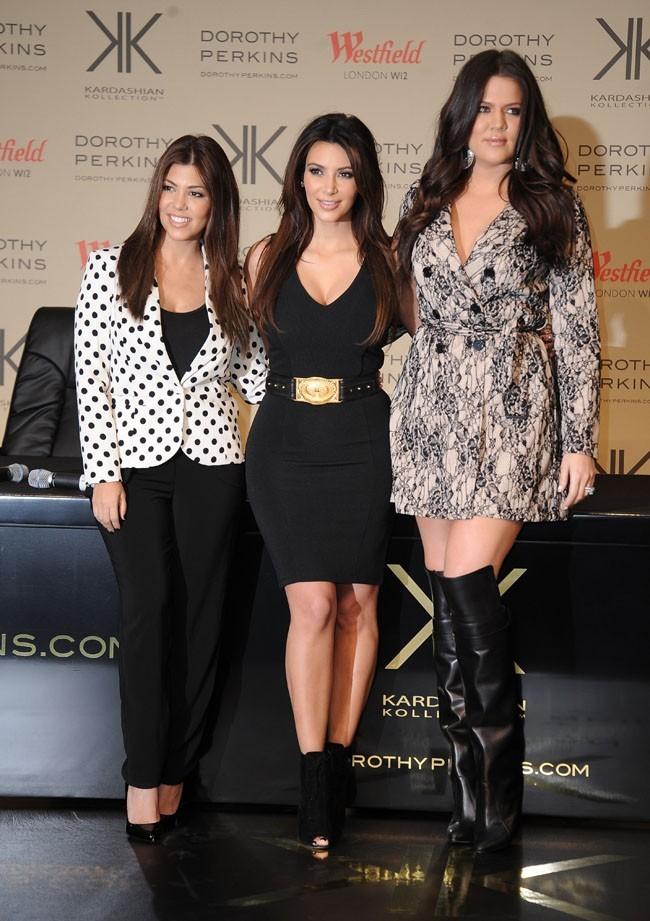 Kourtney, Kim et Khloe Kardashian le 10 novembre 2012 à Londres