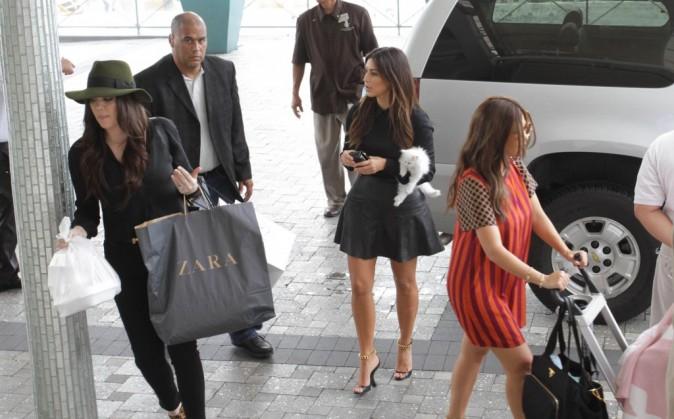 Les soeurs Kardashian à Miami,  le 16 septembre 2012.