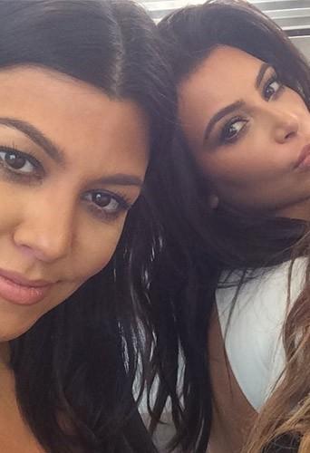 Photos : Kim, Kourtney, Khloe Kardashian : gros plans sur le tournage de la saison 10 de leur téléréalité !
